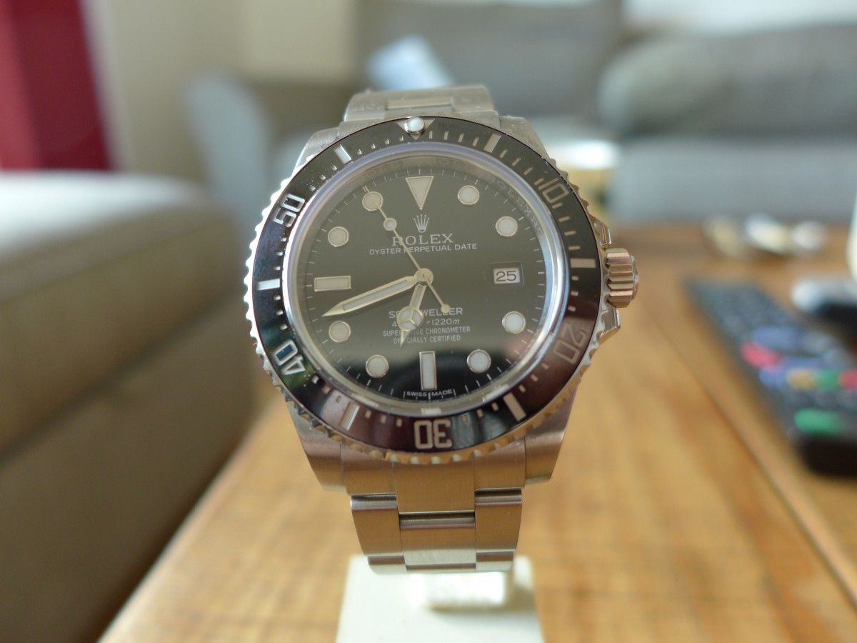 A Day Wearing The Rolex Sea Dweller 4000 Ref: 116600