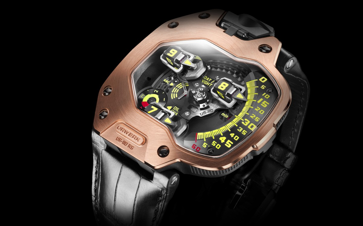 Robert Downey JR wearing URWERK UR-110